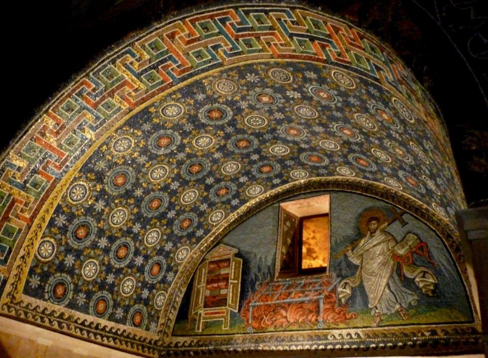 mausoleo-de-gala-placidia_6241711.jpg
